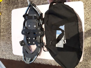WillLand Outdoors WLSS15 Snowshoes Brand New