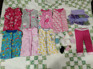 Girl 12 month clothes (30 items)