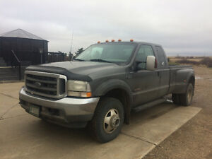 2003 Ford F-350 Xlt. Daully Pickup Truck