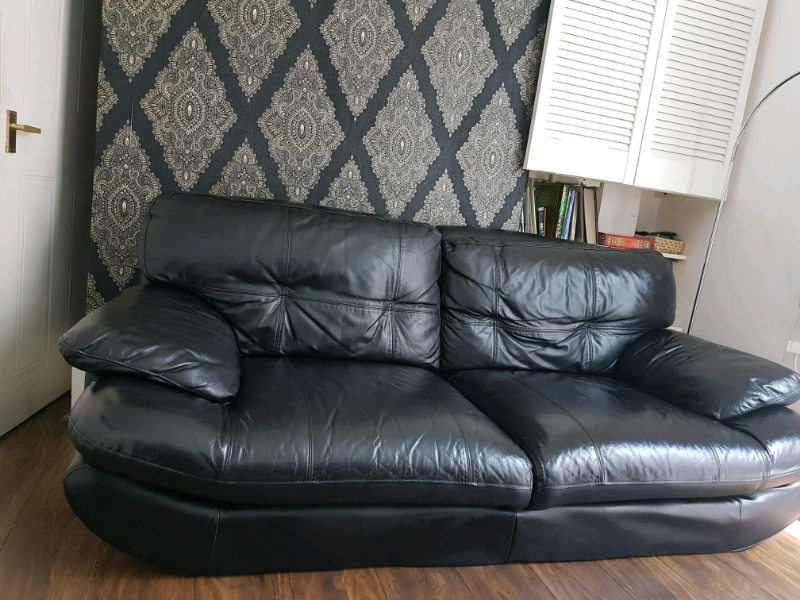 Excellent Scs Sofas 2 And 3 Seater Italian Leather In Stirchley West Midlands Gumtree Interior Design Ideas Clesiryabchikinfo