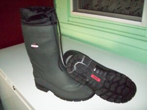 Brand New Insolated Rubber Boot
