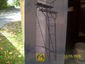 Treestand , Tree Stand , Ladder Stand. 2 person with Harnesses