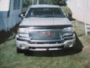 2004 GMC Sierra 1500 king-cab Camionnette