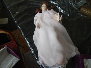 by Sandra Kuck 13in Mother and Child Porcelain Doll Set LULLABY