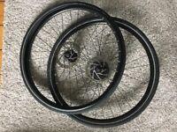 Bike wheels 700x35c with discs