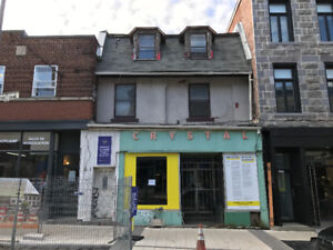 Large Retail Space Available Immediately St Henri!