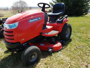 Snapper LT300 lawn tractor- new