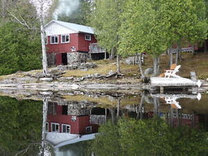 Private Lakefront Log Cottage