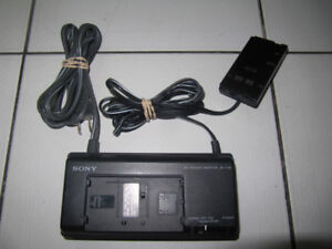 Sony Model AC-V35 AC Power Adaptor for 8mm Camcorders Circ1990s