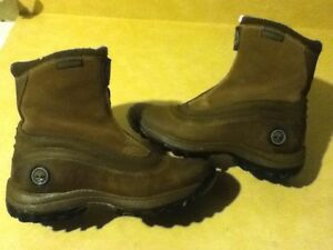 Women's Timberland Waterproof Boots Size 7 London Ontario image 1