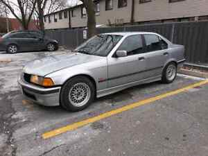 98 fully loaded Bmw 328i 5 speed (price reduce 2500)
