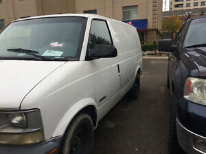 2001 Chevrolet Astro just for 900$ OBO