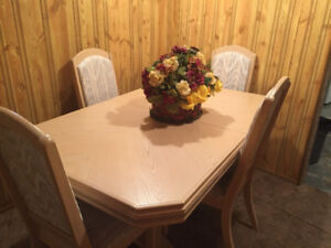 Display cabinet dinning table and chairs