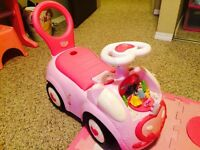 Princess ride on / walker toy