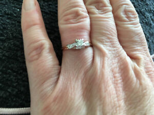 Gorgeous 14crt Engagement Ring