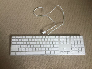 Wired Apple Keyboard with Numeric Keypad MB110LL/B NEWEST VERSIO