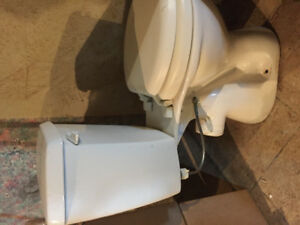 Sanipro toilet including pump