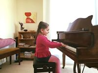 Professional Piano/voice lessons