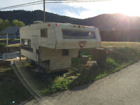 Camper Trailer for truck box - Free for pickup only