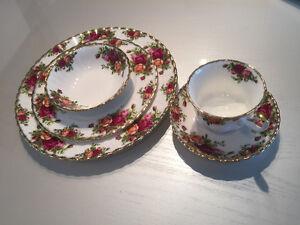Royal Albert china set country roses