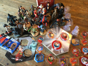 PS4 Disney Infinity Lot Figures and Extras Marvel Star Wars