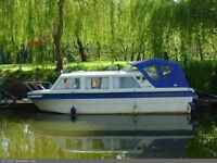 1988 Viking 23 Hi Line 23FT GRP Boat with 15HP Engine