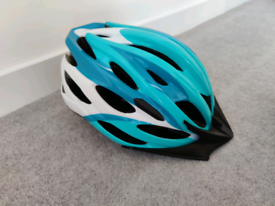 Brand New Bicycle Helmet Large With Light