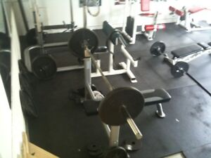 GYM EQUIPMENT FOR SALE (GOMMERCIAL GRADE )