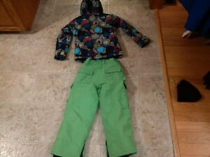 The North Face Girls winter Jacket and snow pants Stratford Kitchener Area image 5