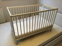 Baby bed + mattres