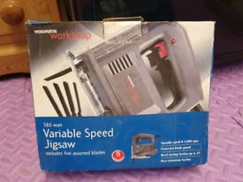 Variable speed jigsaw