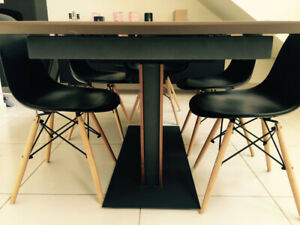 Black Eiffel retro dining/lounge chairs