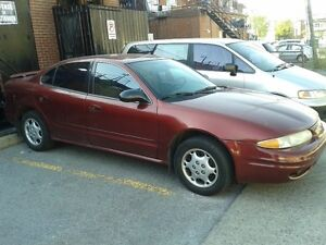 Oldsmobile Alero Sedan 1500$ neg
