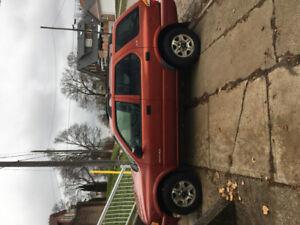2001 Isuzu Rodeo LSE SUV, Crossover 4WD