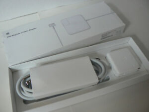 MacBook Air 45w MagSafe 2 Charger 10/10 New (open box) MD592LL/A