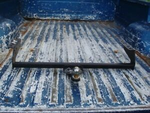 New Never Used Reese Solid/Fixed trailer hitch w/ball