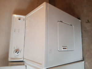 Kenmore white front load electric dryer machine 150