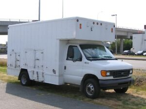 2003 Ford service body van unit