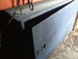 Under body truck tool boxes