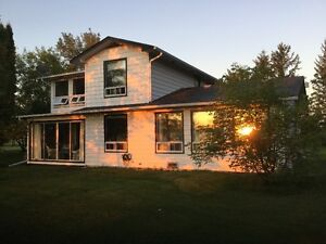 WInnipeg River Waterfront Cottage Vacation Rental