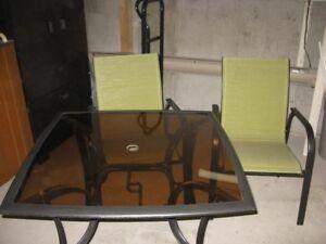 Table a patio avec chaise