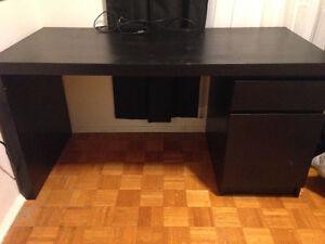 Selling ikea desk - decent condition