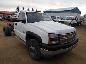 2005 CHEV 3500 C&C FOR SALE