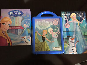 Frozen Books and Magnetic Play Set London Ontario image 1