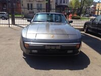 1983 Porsche 944 Coupe (2 door)