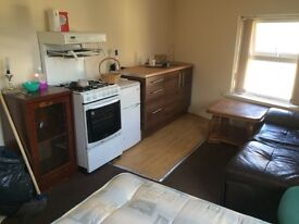 ROOMS TO LET FROM £50 PER WEEK IN BD5/7 AREA