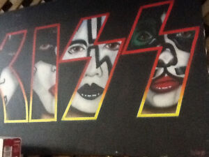 KISS picture $300