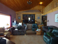 Cottage ,Lakefront,Lake Manitoba, 45 miles from Winnipeg,