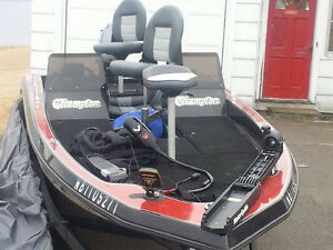 "19 foot Champion Bass Boat, 75Hp Mariner ""New Price"""