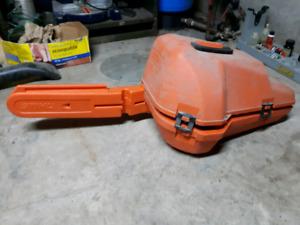 Chain saw hard case